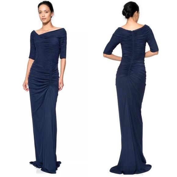 Tadashi Shoji Dresses & Skirts - EUC Gorgeous Tadashi Shoji Asymmetric Ruched Gown